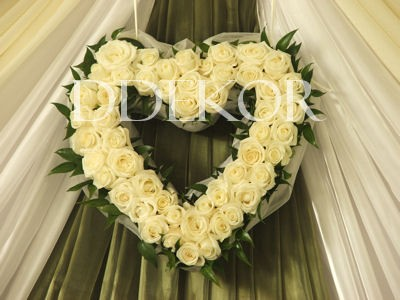 Hintergrund Rosenherz aus Frischblumen