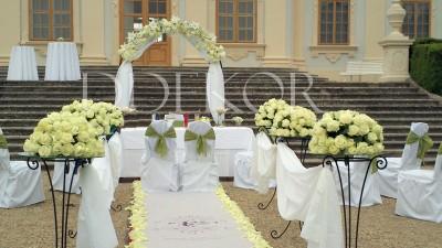 Blumentor für Hochzeiten