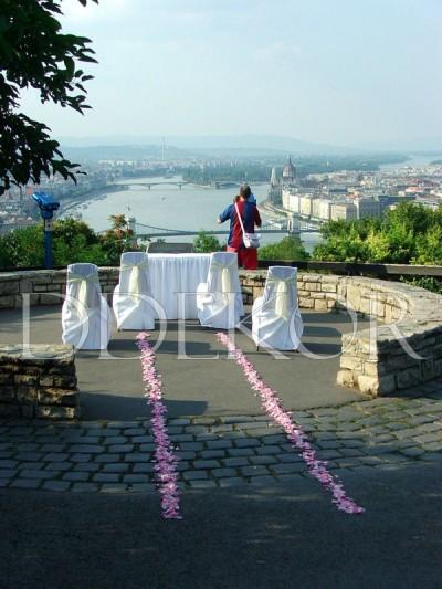 Freilichtzeremonie mit wunderbarem Ausblick von der Citadella