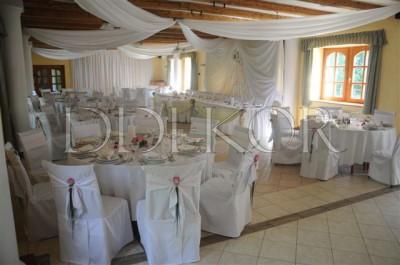 """Hochzeitsdekoration im Landhaus """"Gerébi"""""""
