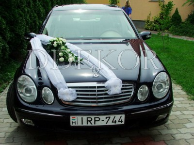 Brautwagen mit Organza