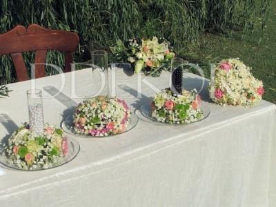 Zeremonie im Freien, gravierte Glasvasen zum Perlenstreuen